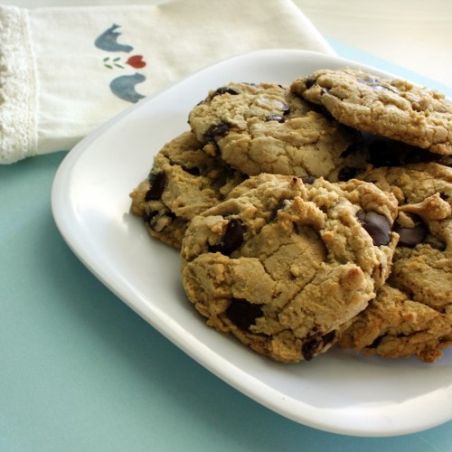 Post image for My First Confession: Chocolate Makes Me Nervous…The Best Chocolate Chip Cookies Ever