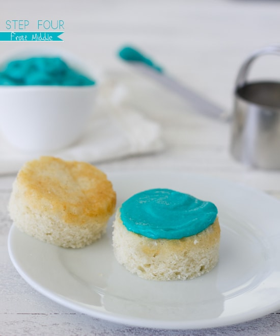 How to make a Cupcake Cake with Ruffle Frosting | Confessions of a Bright-Eyed Baker
