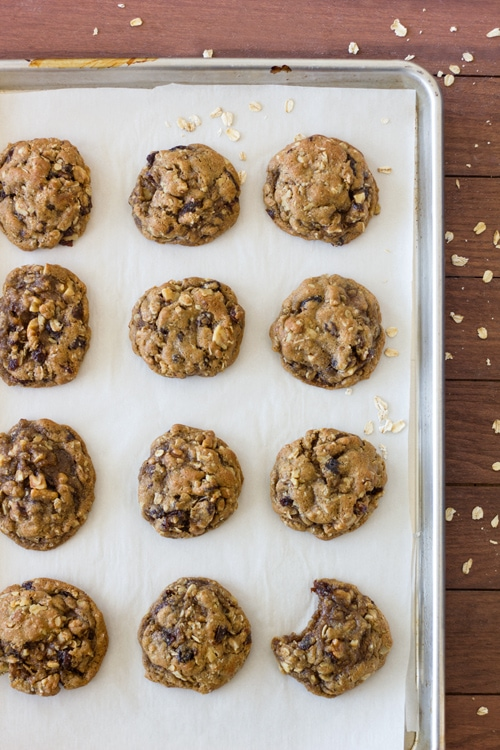 Oatmeal Raisin Cookies | 4th of July Recipe Roundup from brighteyedbaker.com