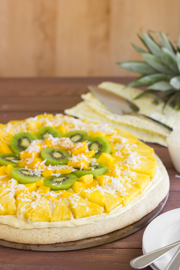Post image for Tropical Fruit Pizza