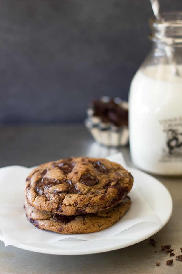 Brown Butter Chocolate Chunk Cookies from @brighteyedbaker | www.brighteyedbaker.com