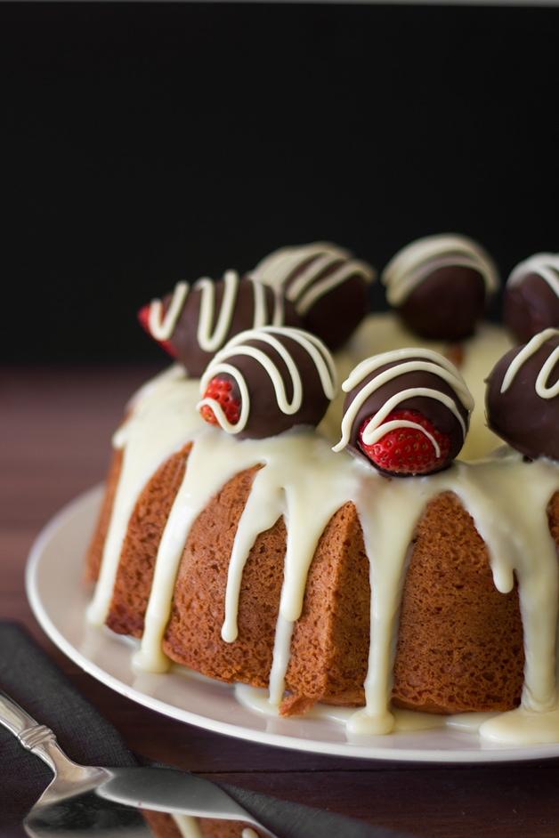 Strawberry Bundt Cake with White Chocolate Ganache | www.brighteyedbaker.com