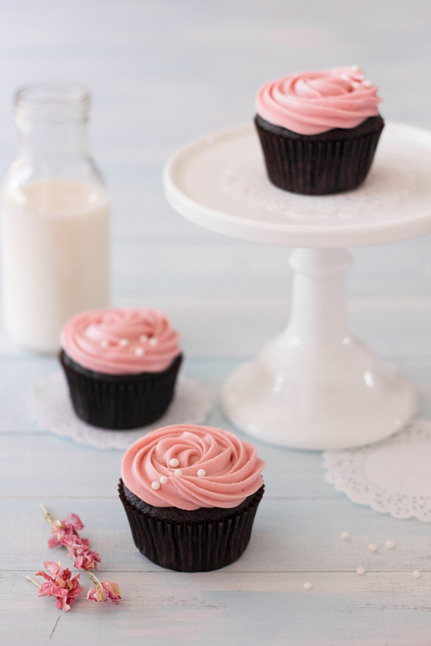 Double Chocolate Cupcakes with Strawberry Cream Cheese Frosting + a $100 Minted. #giveaway! | www.brighteyedbaker.com
