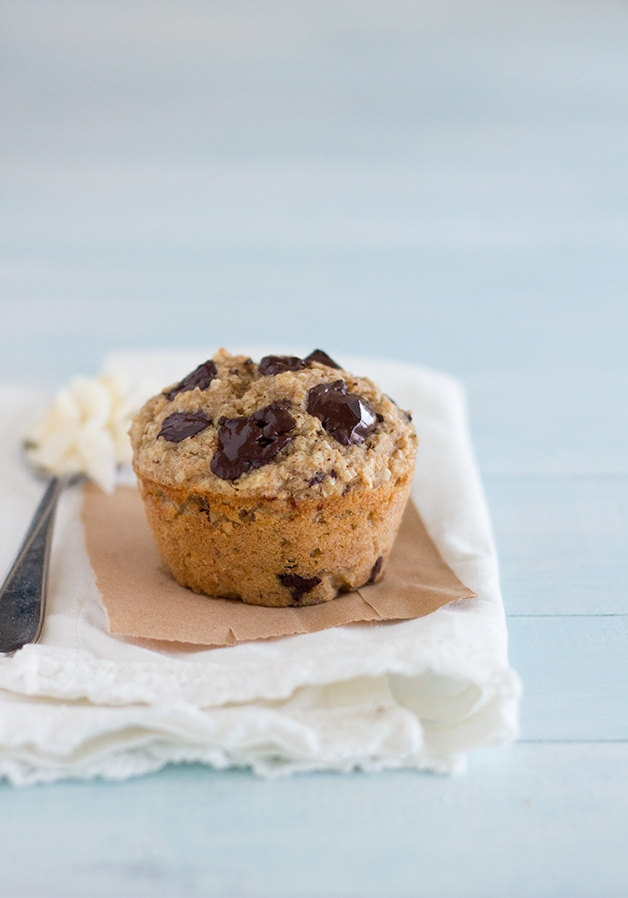 Healthy Banana Coconut Chocolate Chunk Muffins {GF, Dairy-Free Option, No Added Sugar} - tender and chocolate-filled muffins that are naturally sweetened with roasted bananas and coconut flakes.   www.brighteyedbaker.com