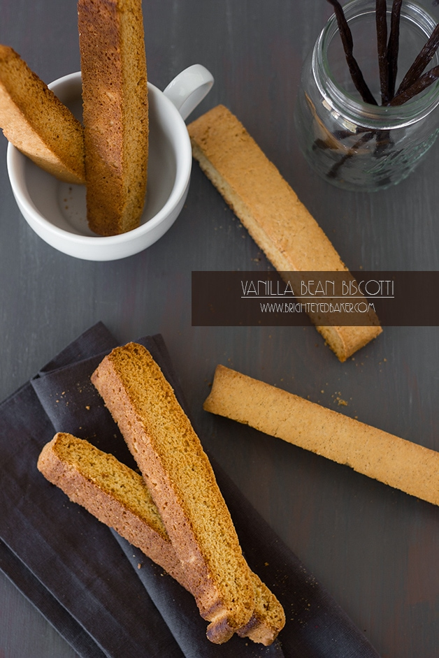Vanilla Bean Biscotti - a light, subtly sweet biscotti that's perfect for dunking. | www.brighteyedbaker.com
