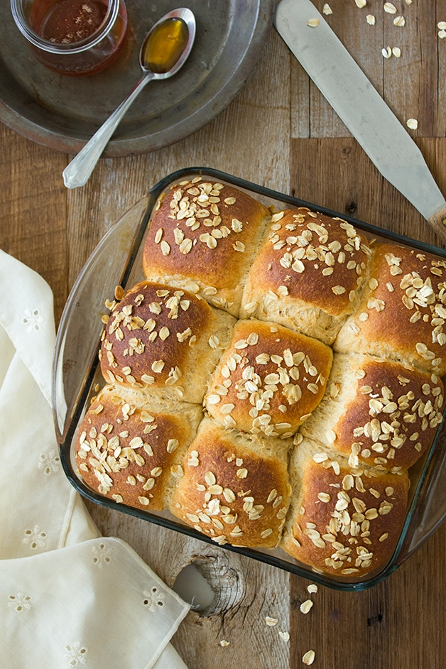 Honey Whole Wheat Dinner Rolls - soft, tender, and fluffy bread rolls with a hint of honeyed sweetness. | brighteyedbaker.com