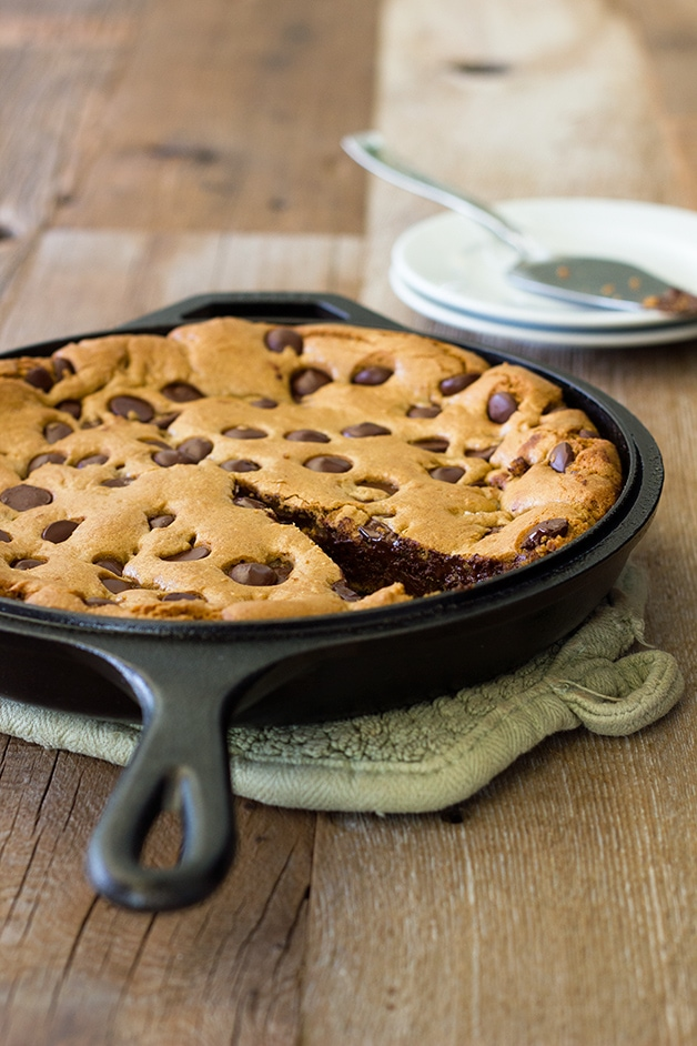 Chocolate Chip Skillet Cookie: A giant brown butter chocolate chip cookie complete with crunchy edges and a gooey center - perfect for feeding a crowd! | www.brighteyedbaker.com