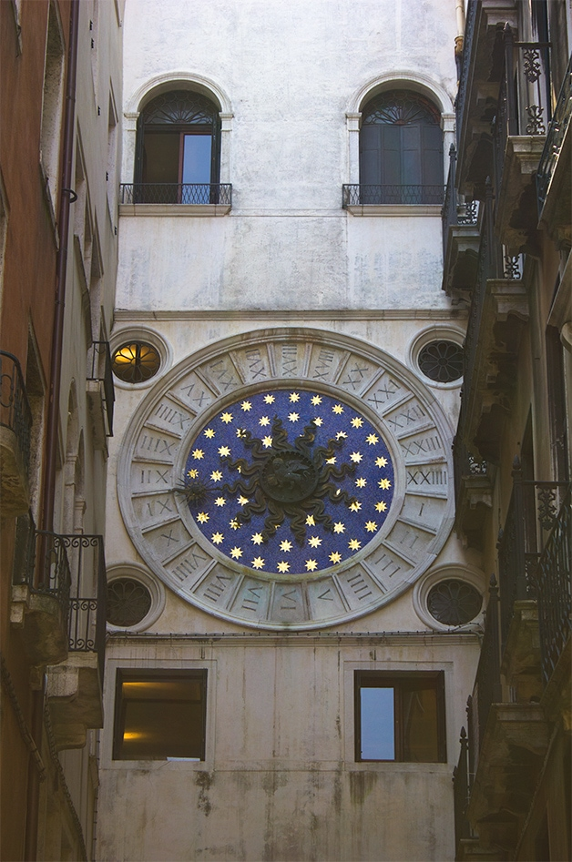 Torre dell'Orologio - Food & Travels: Venice - A guide to must-see places and things to eat in Venice, Italy | www.brighteyedbaker.com