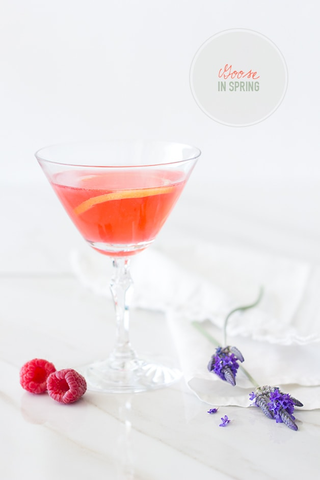 Goose in Spring - Lavender-infused vodka mingles with lemon, raspberry, and elderflower to create this refreshing spring cocktail. | www.brighteyedbaker.com