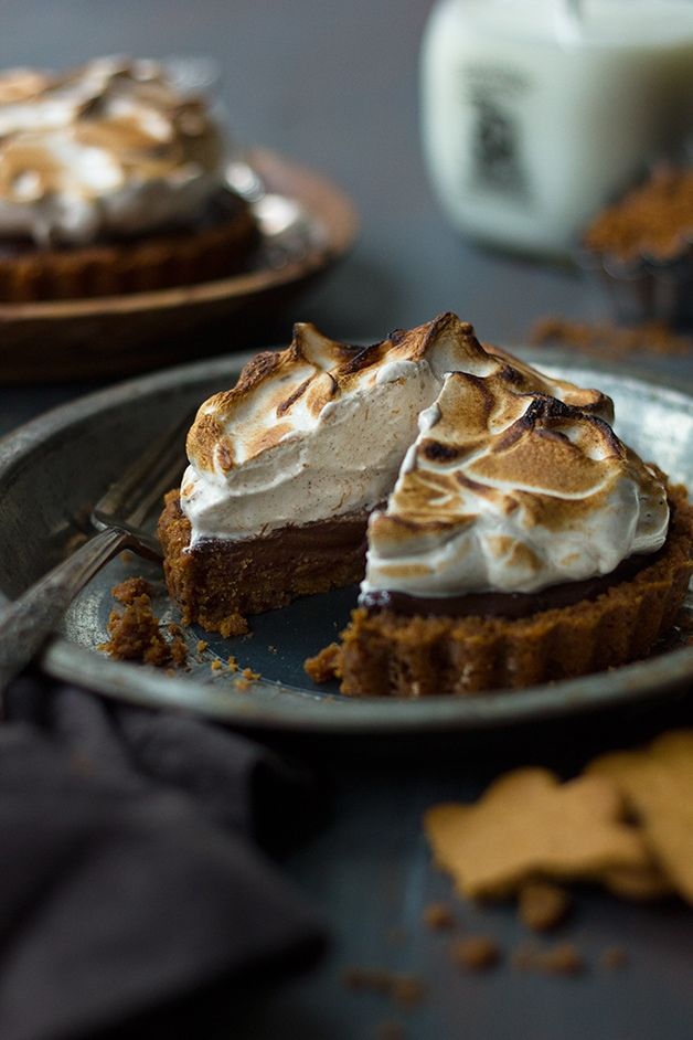 Boozy Chocolate Meringue Tartlets with Gingersnap Crust {GF} | www.brighteyedbaker.com