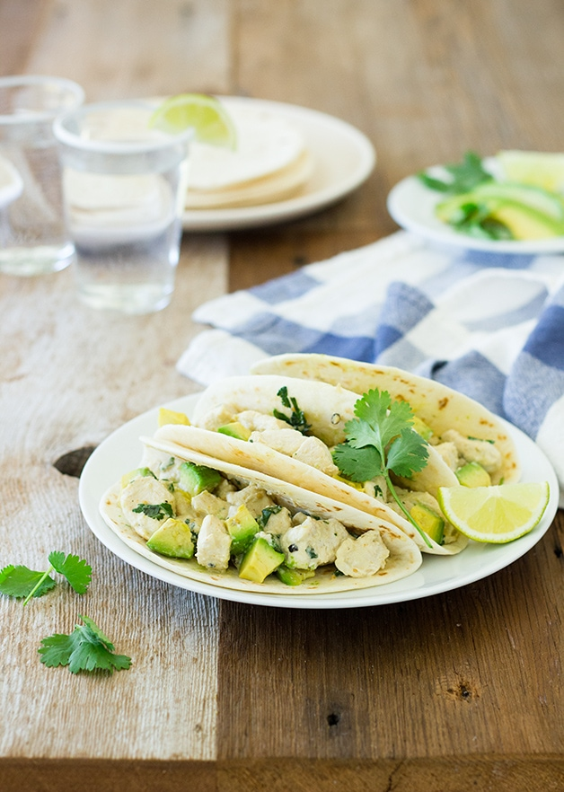 Creamy Salsa Verde Chicken Tacos - a flavor-packed, super easy weeknight dinner, Mexican-style. Ready in 10 minutes!